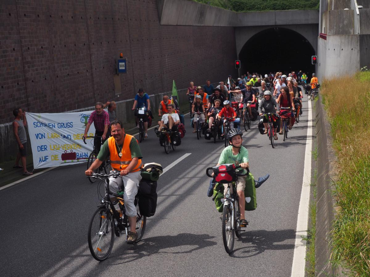 Ausfahrt Wesertunnel