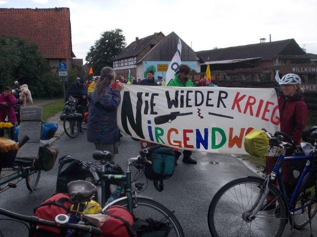 Protest gegen Gefechtsübungszentrum Colbitz-Letzlinger Heide