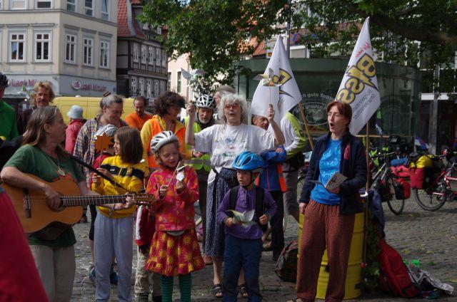 Protestlieder auf dem Braunschweiger Kohlmarkt