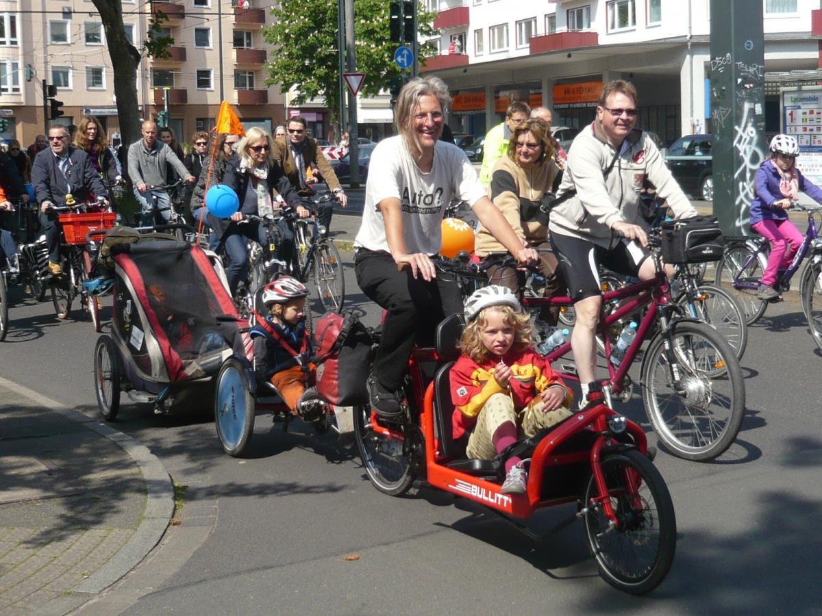 Über 5000 RadlerInnen auf der Sternradtour Düsseldorf